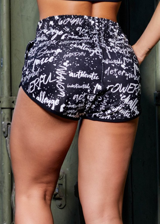 Short em Moletim Sublimado Determined com Elastano