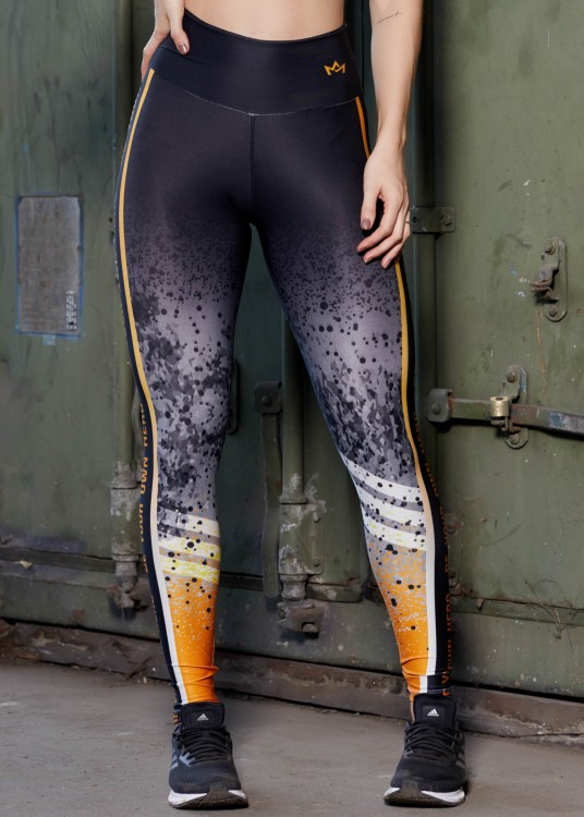 Calça Legging Sublimada Be Your Own Hero